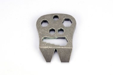 Maserin Multi Purpose Tool A Skull